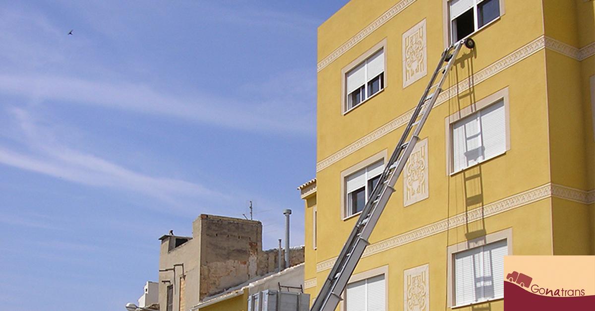 Mudanza con grúa elevadora por fachada